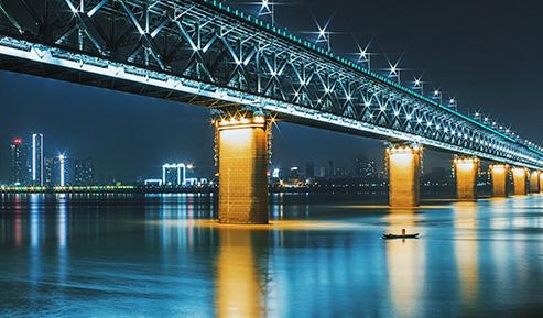 桥梁亮化工程中照明的一般要求