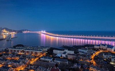 桥梁夜景是城市形象的重要展示窗口