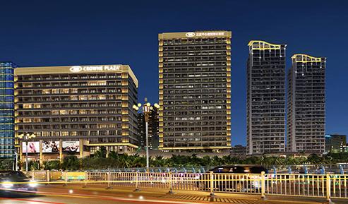 三亚中心皇冠假日酒店夜景项目